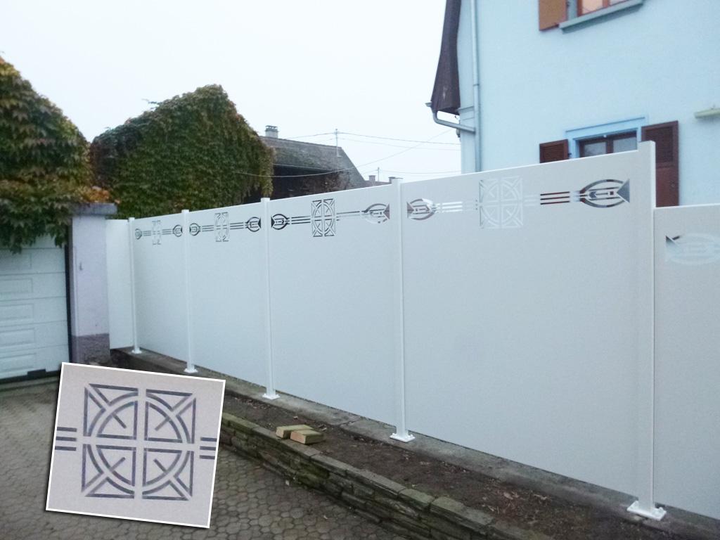 Fabricant et installation de panneaux brise vue en bois atypique aluminium - Panneaux brise vue composite ...