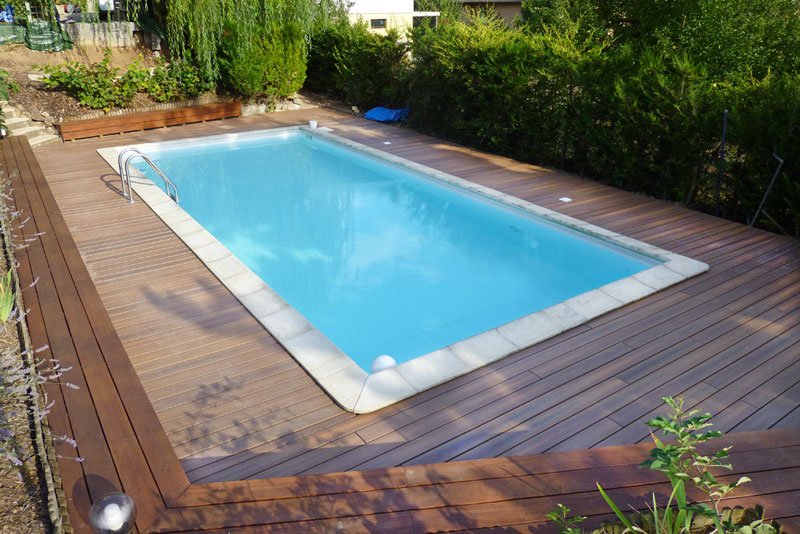 Terrasse sur piscine - Photo terrasse piscine ...